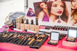 Avon to sell its distribution center in Chiajna, near Bucharest