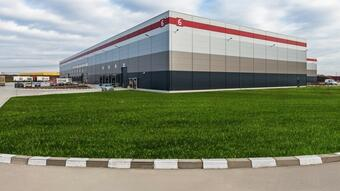 CBRE advises E van Wijk in the renewal of 10,400 sq m of industrial spaces in P3 Bucharest A1