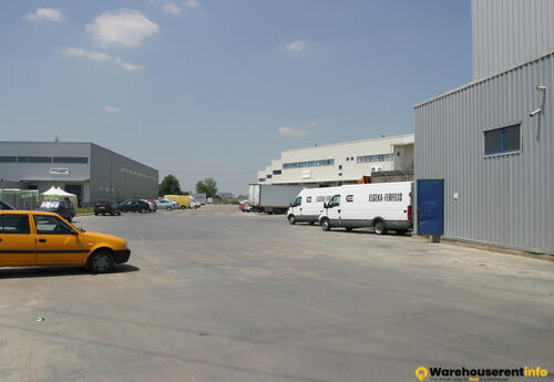 Warehouses to let in Apollo Center Logistic Park