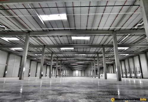 Warehouses to let in CTPark Deva